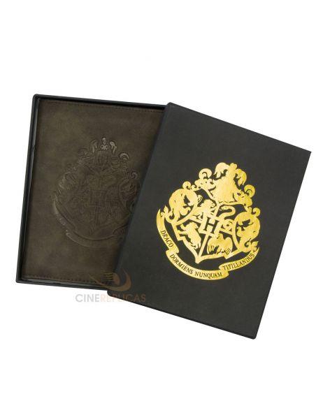 Cartera para Pasaporte escudo Hogwarts - Harry Potter
