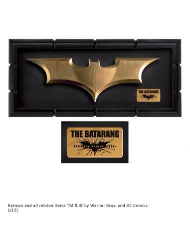 Batarang con Expositor - Batman: El Caballero Oscuro