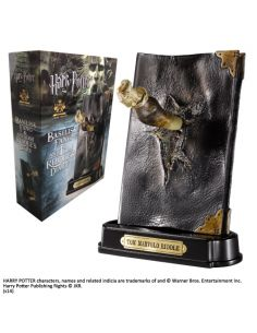 Figura Diario de Tom Riddle con Colmillo de Basilisco - Harry Potter